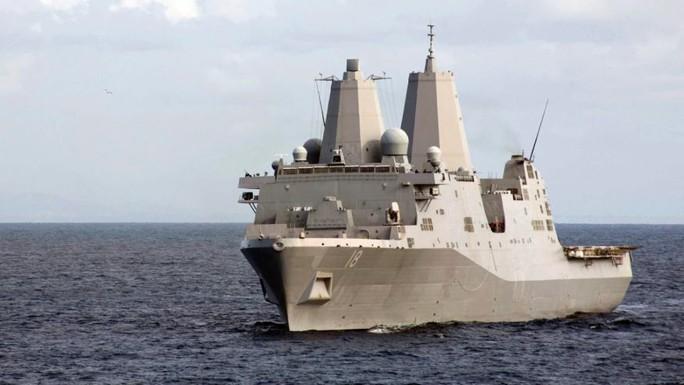 Tàu USS New Orleans. Ảnh: REUTERS