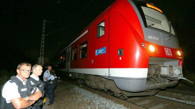Vụ tấn công xảy ra trên chuyến tàu giữa Treuchlingen và Wurzburg. Ảnh: EPA