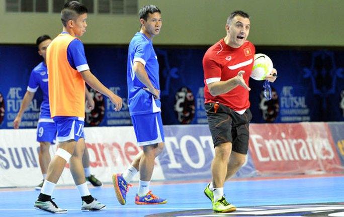 Thầy trò HLV Bruno đặt quyết tâm rất cao trước cuộc đối đầu với cường quốc futsal châu Á Iran