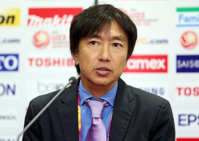 HLV Toshiya Miura tại cuộc họp báo sau trận đấu