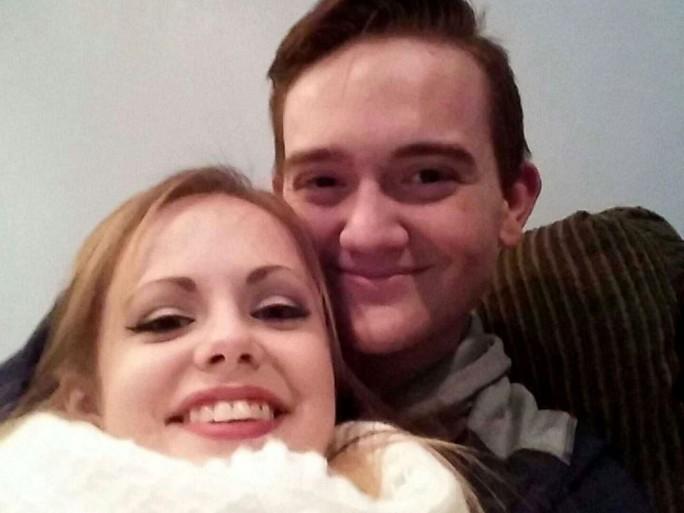 Godfrey và bạn gái. Ảnh: ABC News