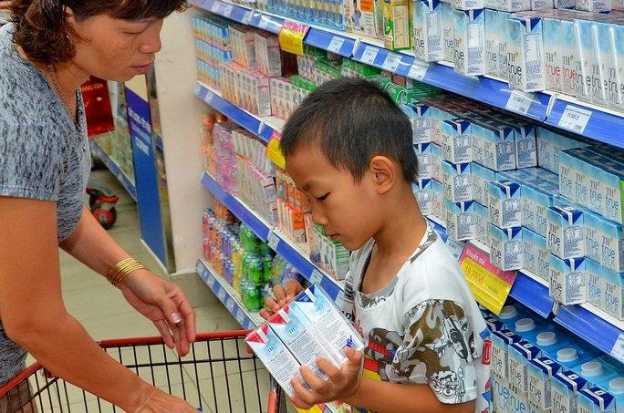 Sản phẩm sữa tươi TH sẽ ra mắt tại xứ sở Bạch Dương vào giữa năm 2017 Ảnh: TẤN THẠNH