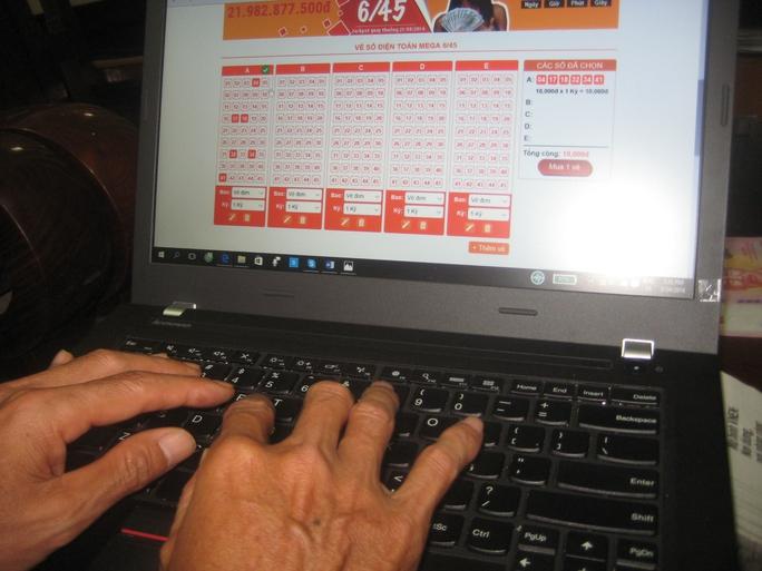 Vài đại lý ở TP HCM đã bán vé số điện toán qua mạng