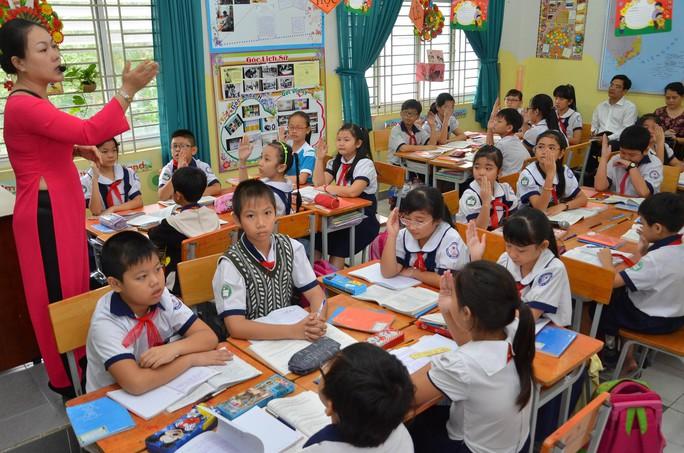 Một trường tiểu học tại TP HCM áp dụng mô hình trường học mới trong việc sắp xếp lớp học Ảnh: Tấn Thạnh