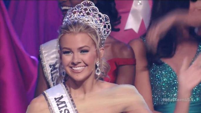 Tân Hoa hậu tuổi teen của Mỹ Karlie Hay