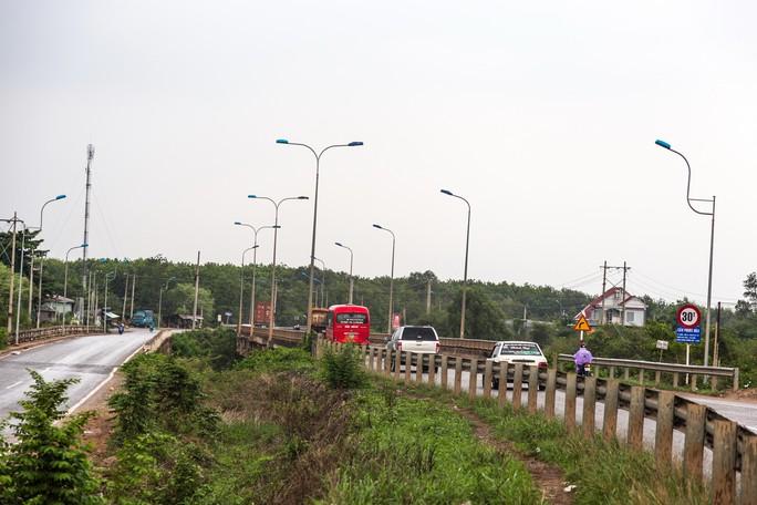 Những đoạn đường vắng ở huyện Phú Giáo đang bị bọn cướp hoành hành