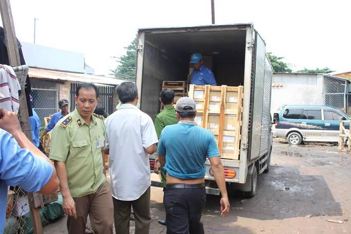 Trước vụ phát hiện ma túy 1 ngày, lực lượng chức năng phát hiện vụ vận chuyển hàng lậu với số lượng hàng chục tấn tại ga Biên Hòa