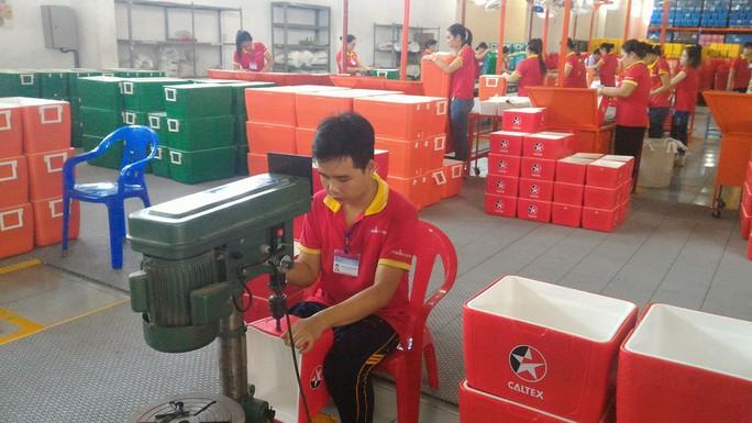 Nhựa Phước Thành là một trong những doanh nghiệp Việt được Samsung cử chuyên gia hỗ trợ. Ảnh: Thái Phương