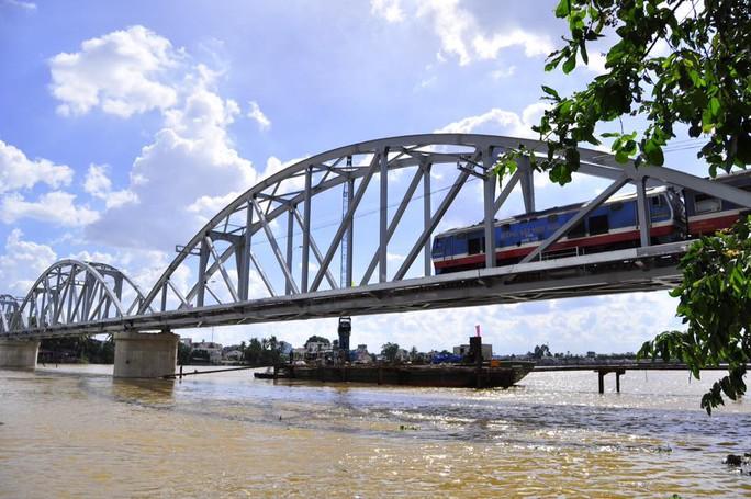 Cầu mang dáng dấp cầu cũ- nét đẹp lịch sử tự hào của người dân địa phương