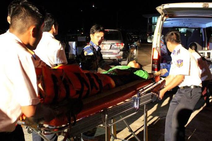 Các chiến sĩ thuộc Bộ Tư lệnh Vùng Cảnh sát biển 4 đã làm tốt nhiệm vụ tìm kiếm cứu nạn trong vụ tàu cá ở Cà Mau gặp nạn trên biển Tây.