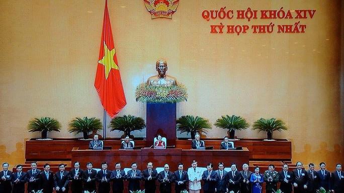 Chính phủ mới ra mắt Quốc hội - Ảnh chụp qua màn hình