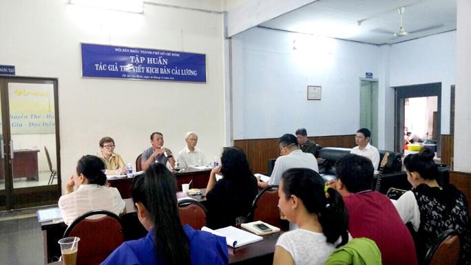 Lớp tập huấn viết kịch bản cải lương tại Hội Sân khấu TP HCM