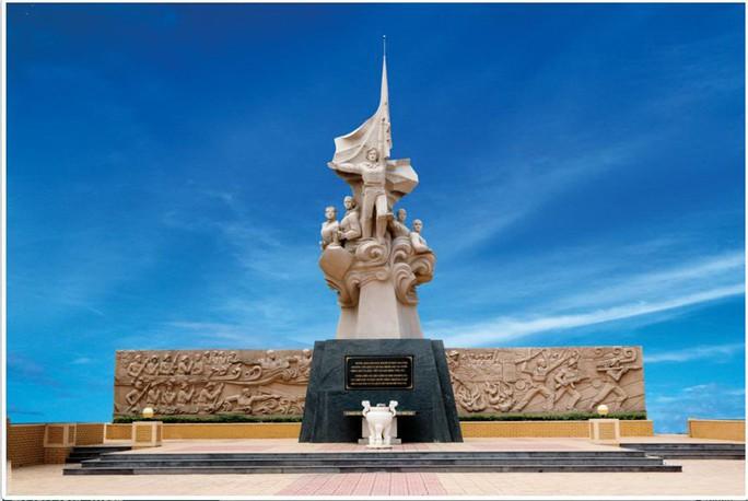 Tượng đài chiến thắng Cỏ May trên website của xí nghiệp Hacomy