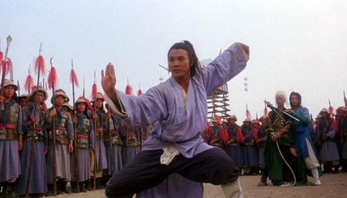 Từ trên xuống: Chân dung Lý Liên Kiệt và Lý Liên Kiệt trong vai Hoắc Nguyên Giáp, Phương Thế Ngọc, Hoàng Phi Hồng, Trương Tam Phong