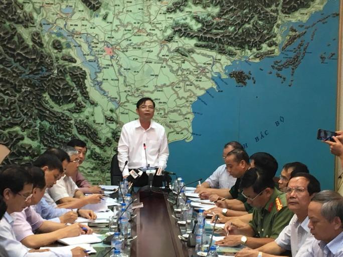 Ông Nguyễn Xuân Cường, Trưởng ban Chỉ đạo Trung ương về phòng, chống thiên tai, chủ trì cuộc họp - Ảnh: Văn Duẩn