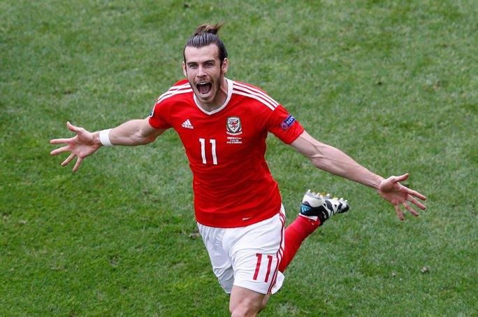 Bale sẽ là ngôi sao đáng chú ý nhất ở cuộc đối đầu Xứ Wales - Anh Ảnh: REUTERS