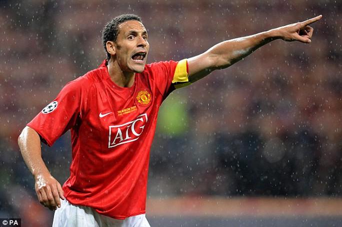 Rio Ferdinand khi còn khoác áo M.U