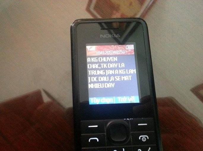 Tin nhắn của Chu Hữu Thắng tống tiền gửi tới thượng tá Nguyễn Quang Hiểu - Ảnh: Dân Việt
