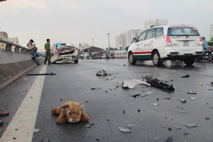 Chiếc nón bảo hiểm được cho là nguyên nhân dẫn đến vụ tai nạn liên hoàn này