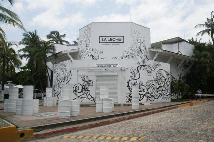 Nhà hàng La Leche ở TP Puerto Vallarta. Ảnh: REUTERS