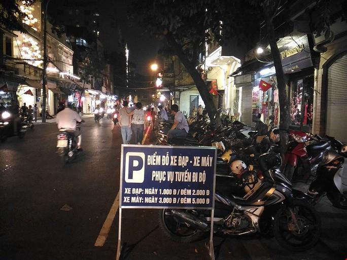 UBND TP Hà Nội giao cho Công an, quân đội trông giữ xe ở phố đi bộ Hồ Gươm từ ngày 9-9