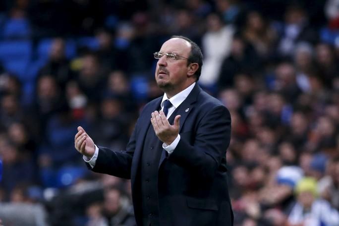 HLV Benitez chỉ nắm Real được 6 tháng
