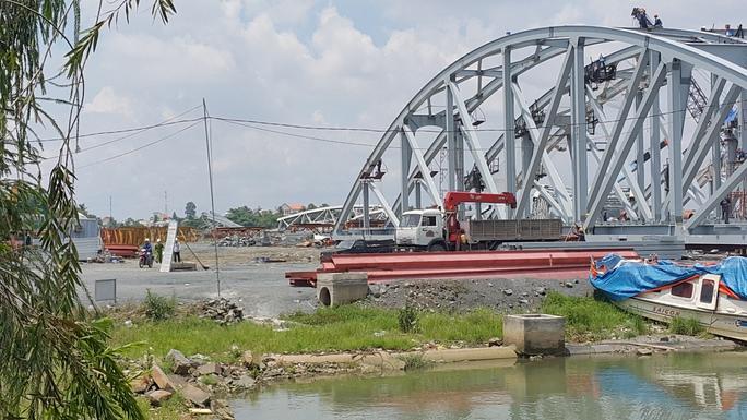 Khu vực xảy ra tai nạn là dự án lấp sông được mượn để lắp đặt, thi công cầu Ghềnh
