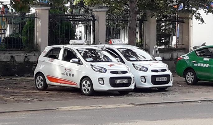 Nhiều tài xế taxi lo ngại vì liên tục bị cướp trong đêm