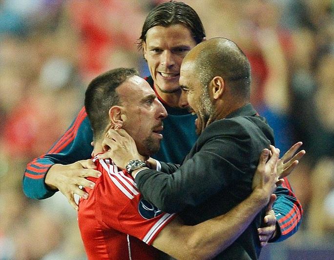 Pep ăn mừng cùng Ribery