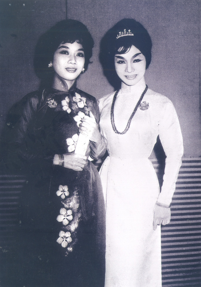 NS Thanh Thanh Hoa (HCV Thanh Tâm 1961) và NSND Bạch Tuyết (HCV Thanh Tâm 1963)