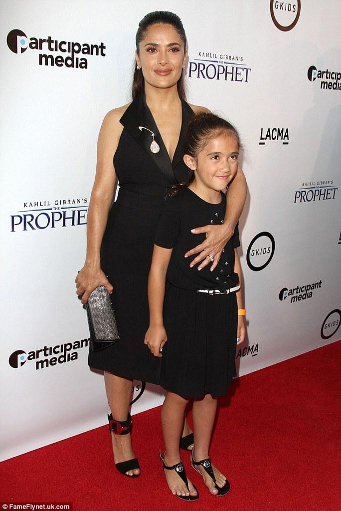 Salma Hayek và con gái
