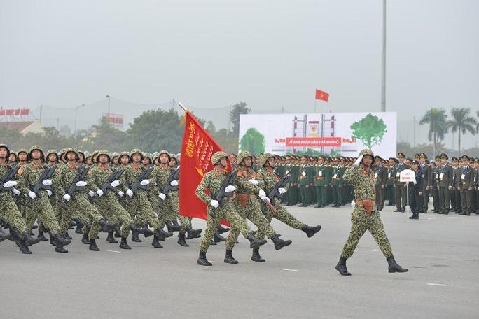 Bộ đội đặc công Bộ Tư lệnh thủ đô Hà Nội, khối hạ sĩ quan cảnh sát đặcnhiệm, khối hạ sĩ quan cảnh sát Hà Nội tham gia bảo vệ Đại hội Đảng