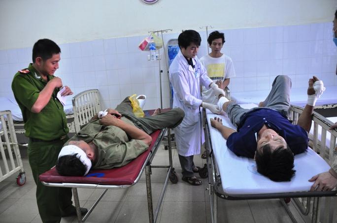 Vụ tai nạn khiến 1 người chết, 13 người khác nhập viện. Ảnh: T.Trực