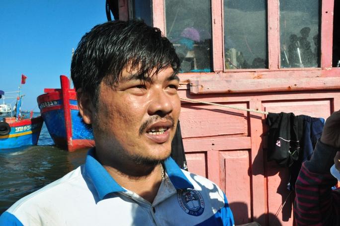 Lần đầu tiên đi biển, anh Nguyễn Trung Hậu bị Trung Quốc tông chìm tàu.