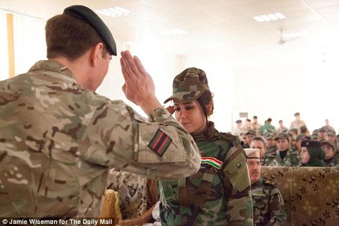 Đội nữ chiến binh người Kurd nổi tiếng với lòng quả cảm.