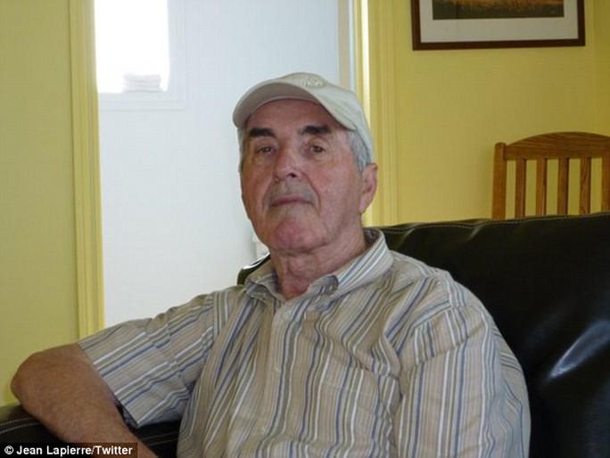 Ông Raymond C. Lapierre, cha cựu bộ trưởng Jean Lapierre, đã qua đời vì bệnh Parkinson. Ảnh: Twitter