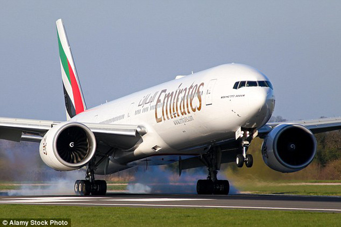 Hành khách trên chuyến bay hốt hoảng vì kẻ gây rối
