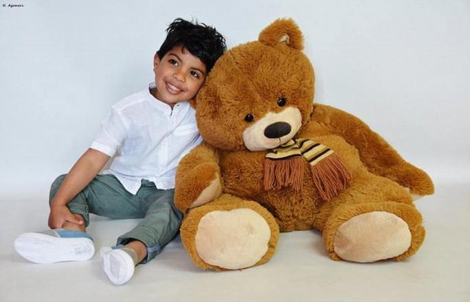 Cậu con trai đã chết của Tahar Mejri. Ảnh: Daily Mail