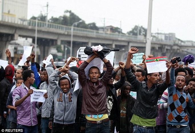 Người Oromo biểu tình phản đối chính phủ ở Ethiopia