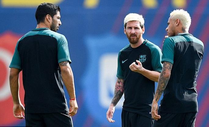 Enrique cảnh báo học trò trước trận đón Celtic