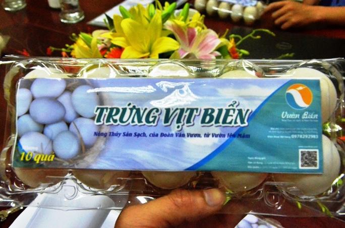 Đây là các sản phẩm nông sản sạch do người nông dân Đoàn Văn Vươn trực tiếp sản xuất tại đầm Cống Rộc, xã Quang Vinh, huyện Tiên Lãng, TP Hải Phòng