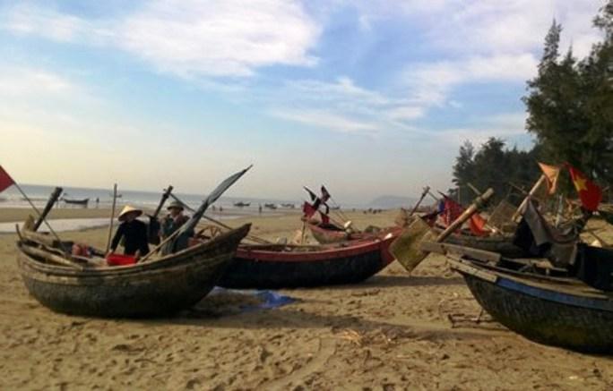 Khu vực bến thuyền neo đậu bao đời của người dân Sầm Sơn sẽ bị giải phóng trong nay mai để giao cho Tập đoàn FLC