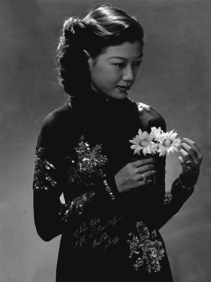 Chân dung nghệ sĩ Kim Cương tuổi đôi mươi - Ảnh tư liệu gia đình