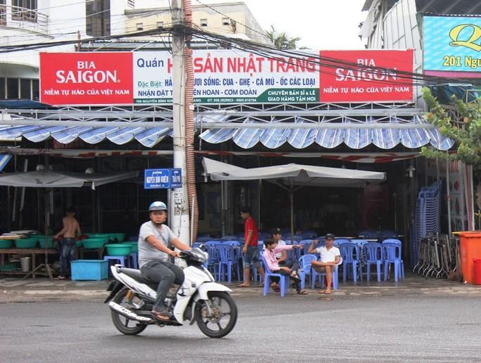 """Quán hải sản Nhật Trang (đường Nguyễn Bỉnh Khiêm, TP Nha Trang) từng bị tố """"chặt chém"""" và xua đuổi khách"""