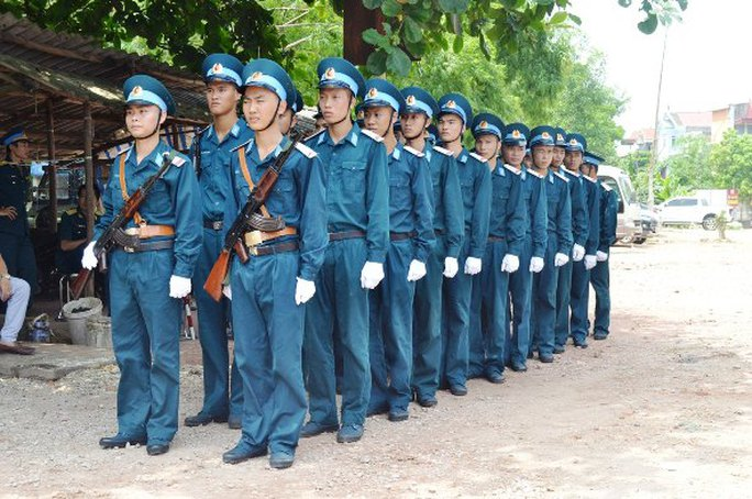 Đội tiêu binh của lực lượng không quân sẵn sàng đón người đồng đội