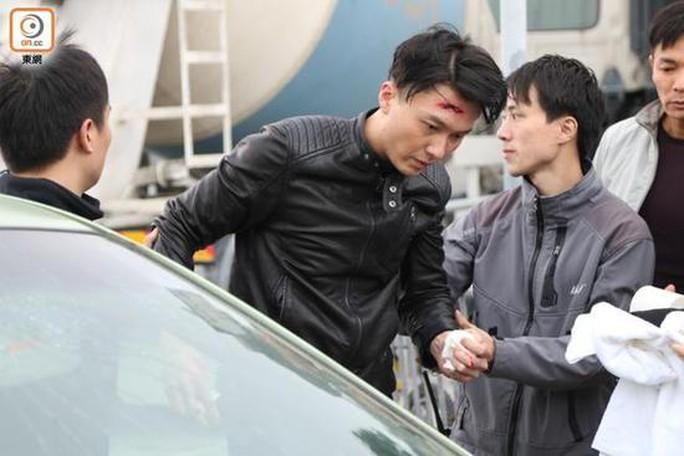 Vương Hạo Tín gặp tai nạn trường quay
