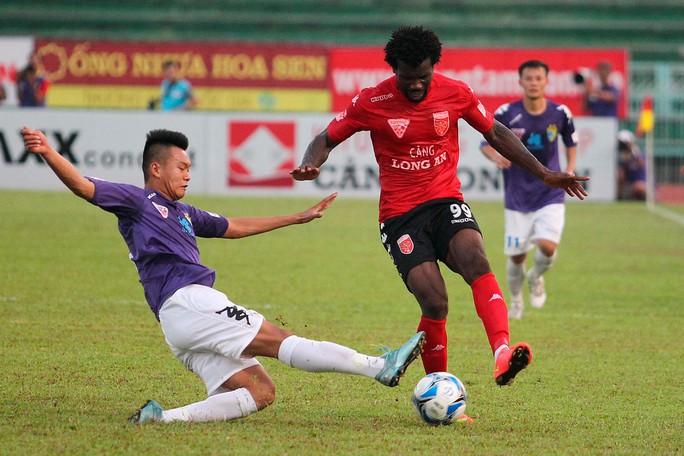 Hà Nội T&T lần đầu thắng trận ở V-League 2016