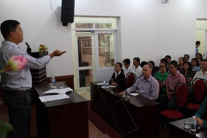 """Chuyên gia Nguyễn Thành Nhân nói chuyện chuyên đề về """"3 trách nhiệm"""" với cán bộ Công đoàn quận 1, TP HCM"""