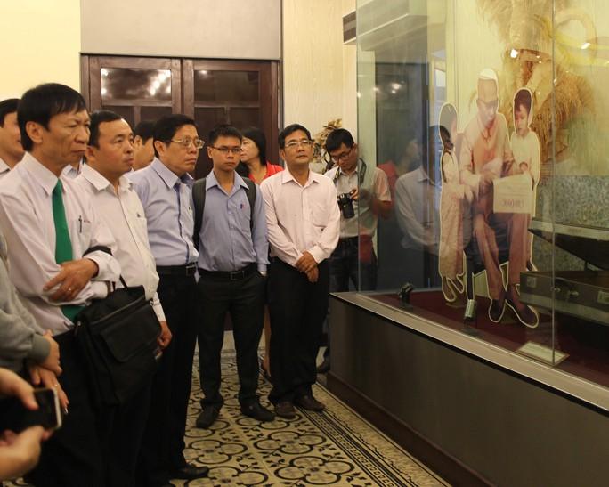 LĐLĐ TP HCM tổ chức tham quan, học tập truyền thống tại Bảo tàng Tôn Đức Thắng