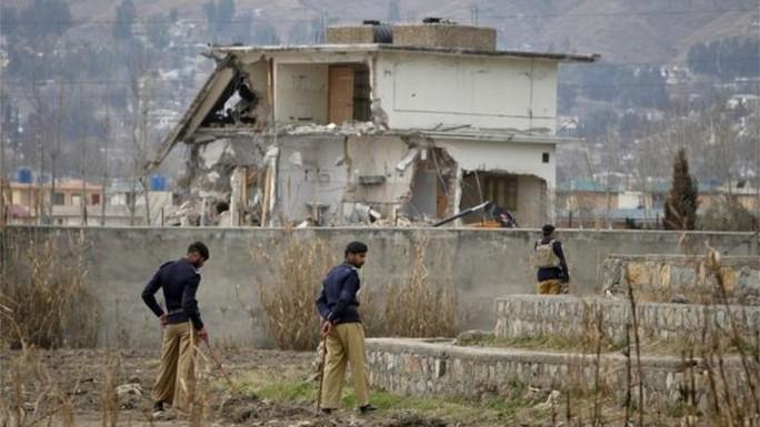 Nơi ẩn náu của Bin Laden được chụp vào năm 2012, trước khi bị phá bỏ hoàn toàn. Ảnh: Reuters